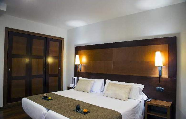 BCN Urban Hotels Del Comte - Room - 11