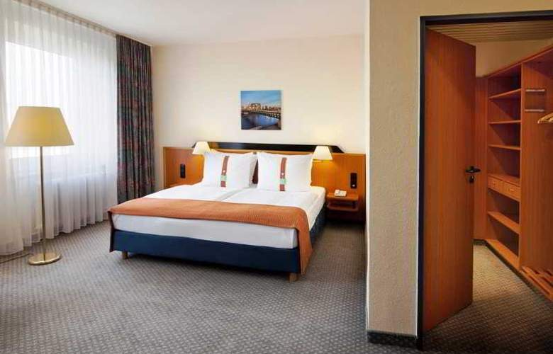 Holiday Inn Berlin Mitte - Room - 16