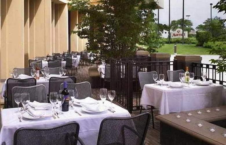 Marriott Chicago Oak Brook - Hotel - 12