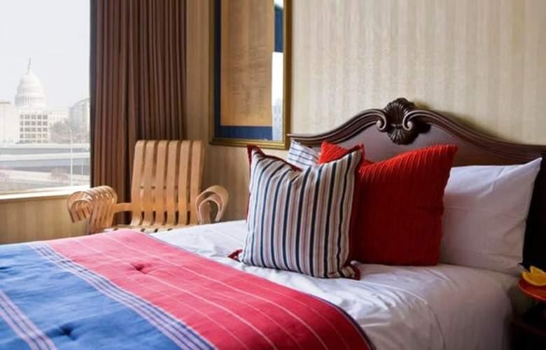 Capitol Skyline Hotel - Room - 6
