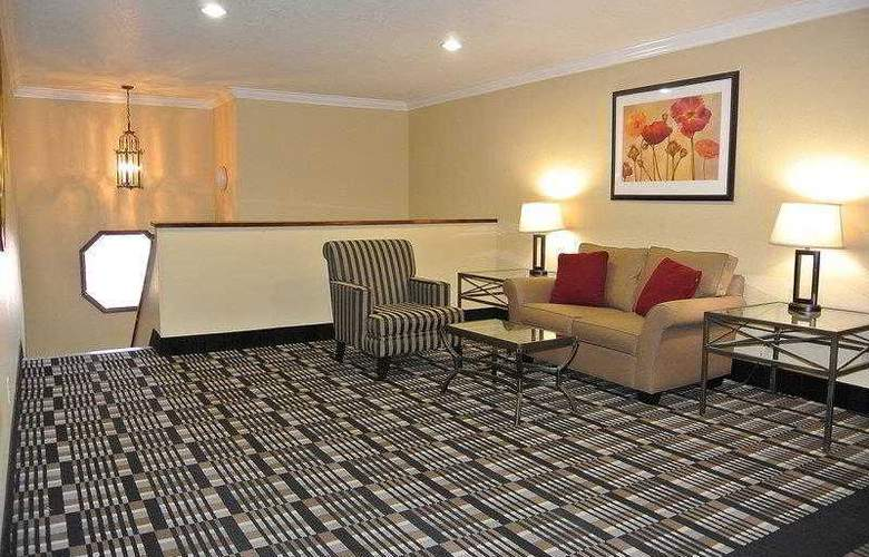 Best Western Town & Country Hotel - Hotel - 33