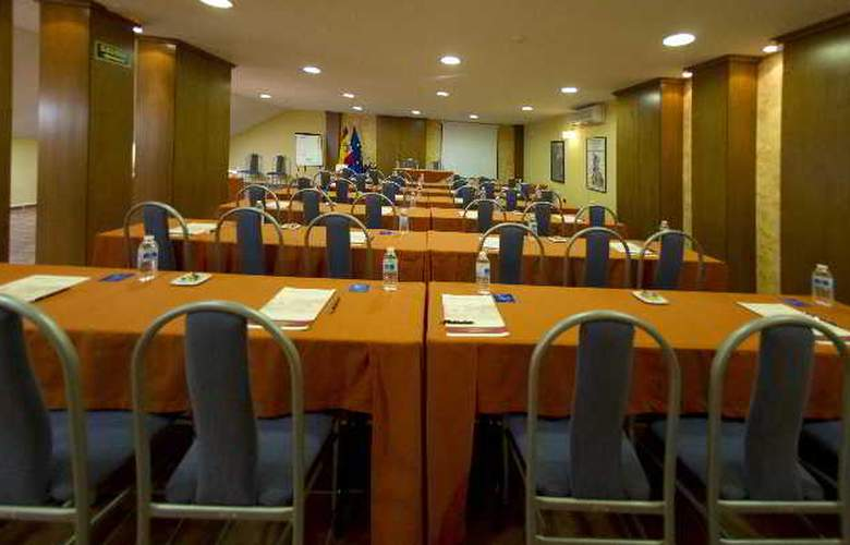 Retiro del Maestre - Conference - 7