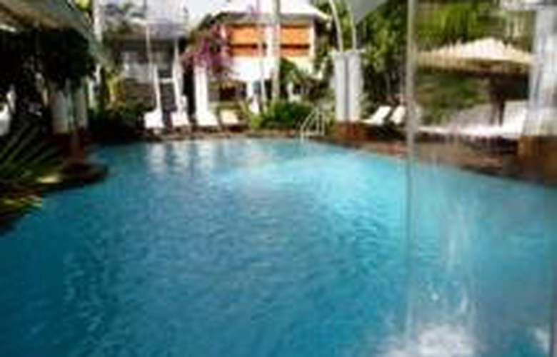Reef House Boutique Resort & Spa Palm Cove - Pool - 4