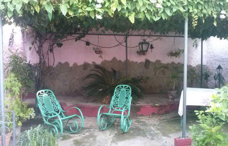 Hostal Casa Gómez - Terrace - 21