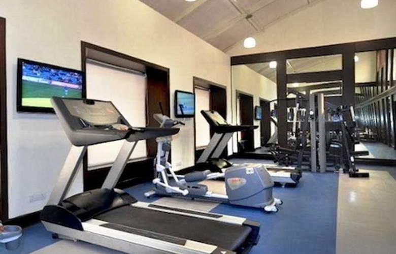 Country Inn & Suites by Carlson Gurgaon - Sport - 8