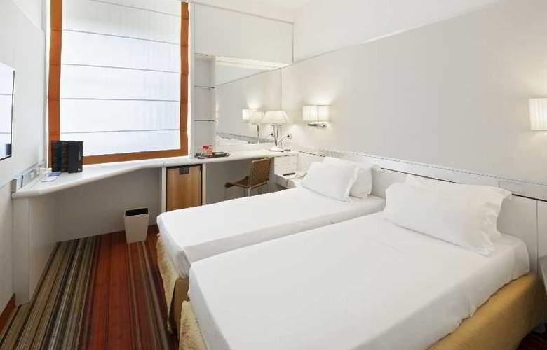 NH Napoli Panorama - Room - 3