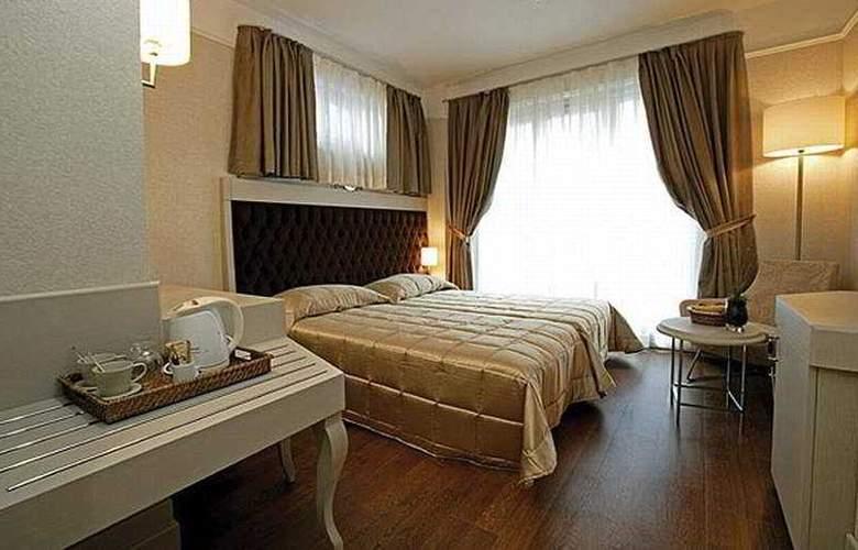 Faros Special Boutique Hotel - Room - 4