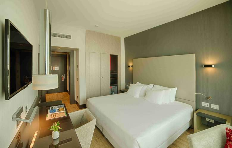 NH Collection Milano President - Room - 8