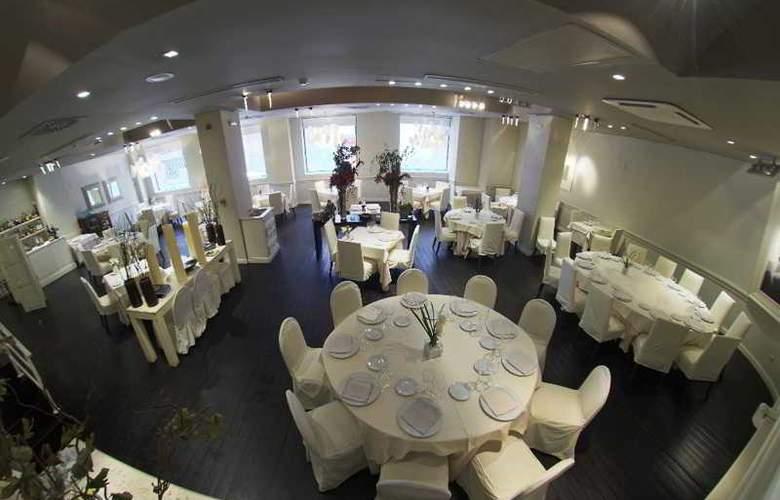 Mercure Bilbao Jardines de Albia - Restaurant - 22