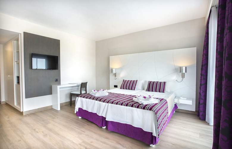 Playa de Muro Suites - Room - 1