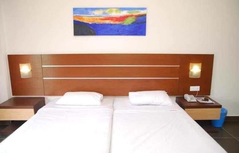 Bella Vista Hotel Langkawi - Room - 5