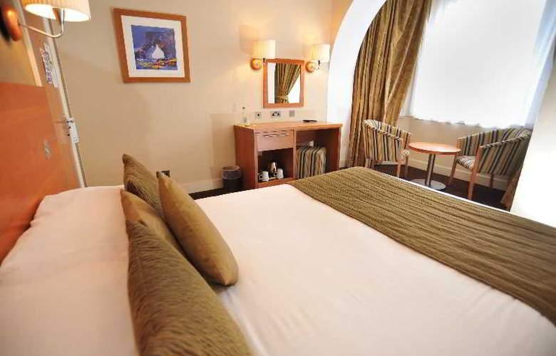 Golden Lion Hotel - Room - 2
