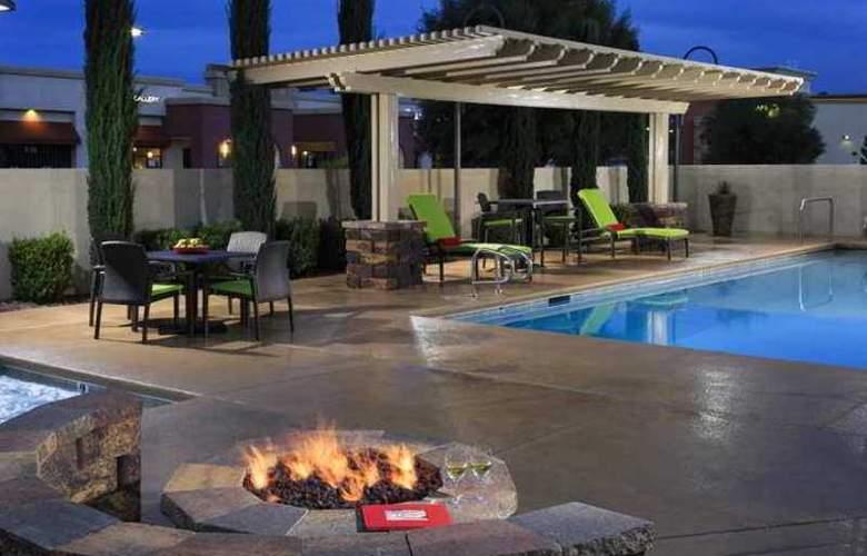 Hampton Inn & Suites Las Vegas South - Hotel - 7