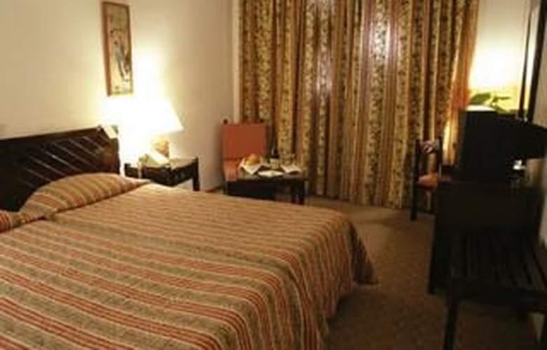 Dionysos Central Hotel - Room - 1