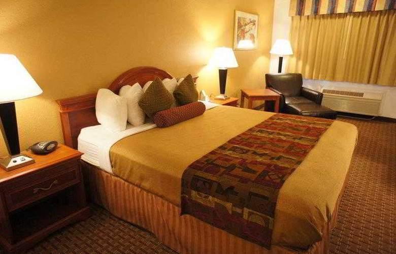 Best Western Plus Orchard Inn - Hotel - 20