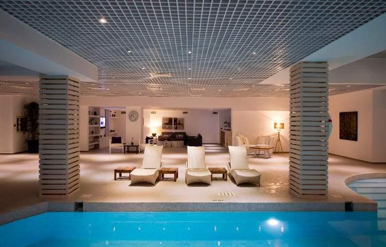Ramada Resort Bodrum - Sport - 69