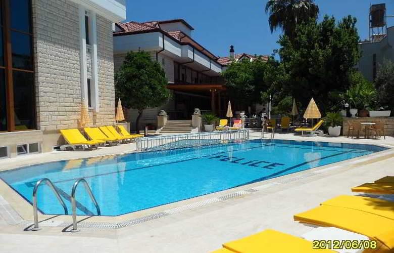 Felice Hotel - Pool - 28
