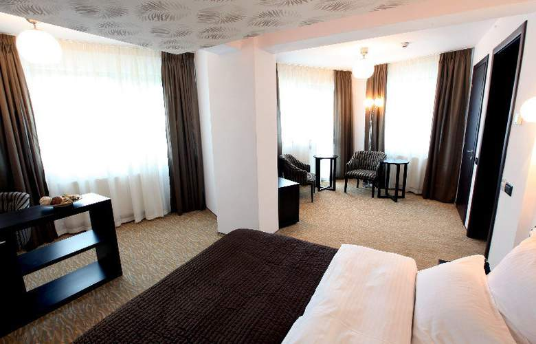 Ambiance Hotel - Room - 7