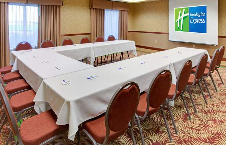 Holiday Inn Express Hotel & Suites Yuma - Conference - 4
