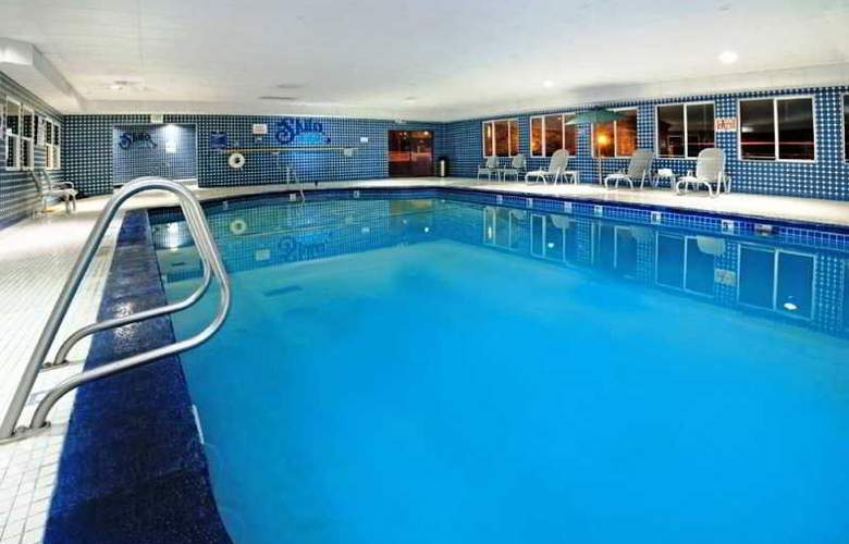 Holiday Inn Express Salt Lake City Downtown - Pool - 1