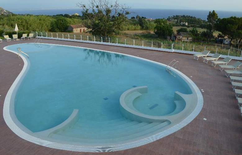 Marinella by Luzia Residence  - Pool - 14