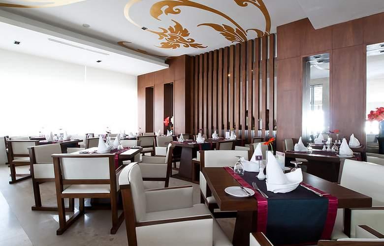 Grand Jomtien Palace Pattaya - Restaurant - 12
