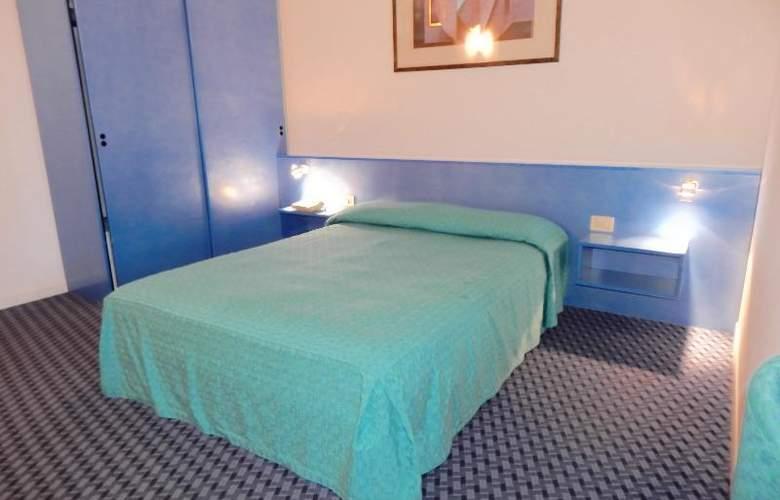 Castelli - Room - 15