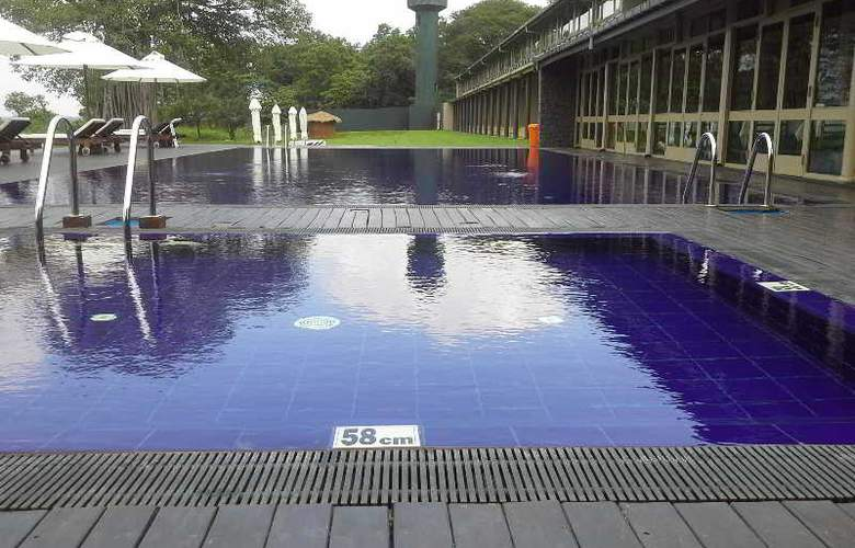 The Lake (Seruwa) - Pool - 14