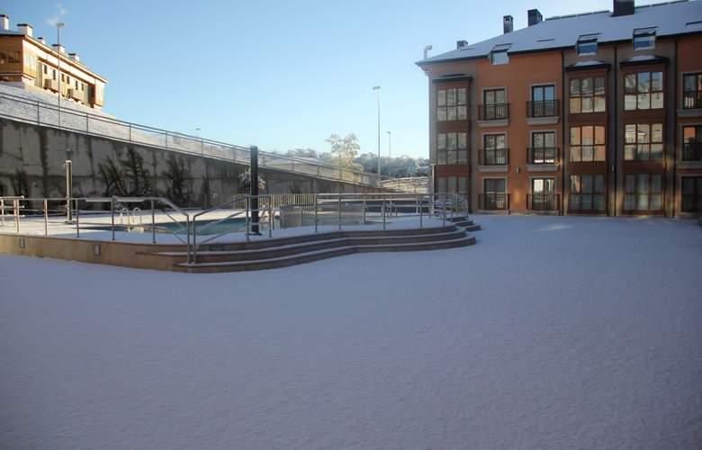 Jacetania Aparthotel & Spa - Pool - 22