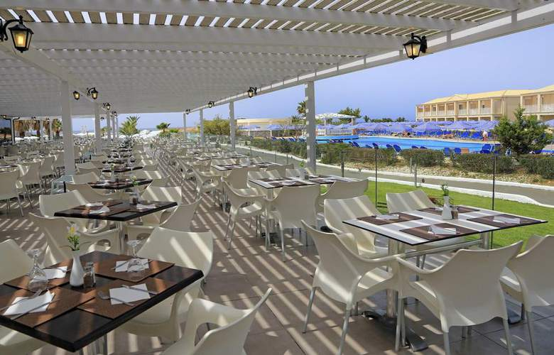 Labranda Sandy Beach Resort - Terrace - 5
