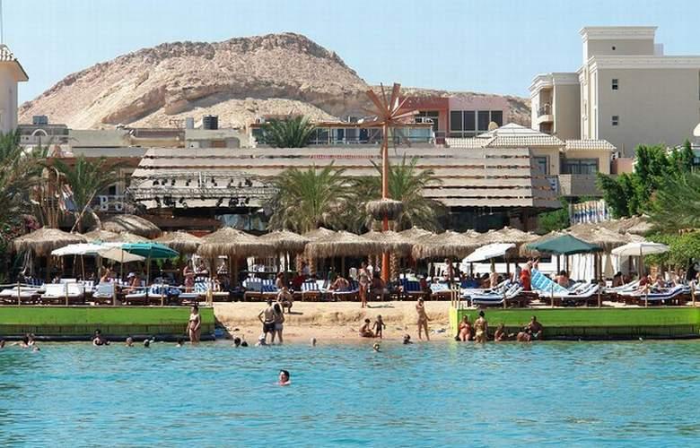 Elysees Premier Hotel - Pool - 6