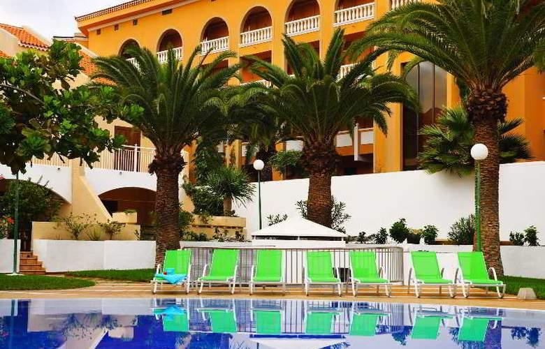 Apartamentos Compostela Beach - Pool - 10