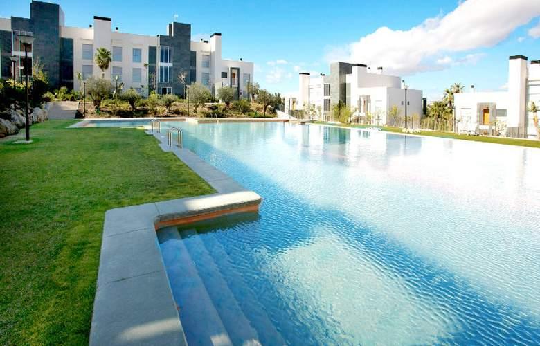 El Plantio Golf Resort - Pool - 7