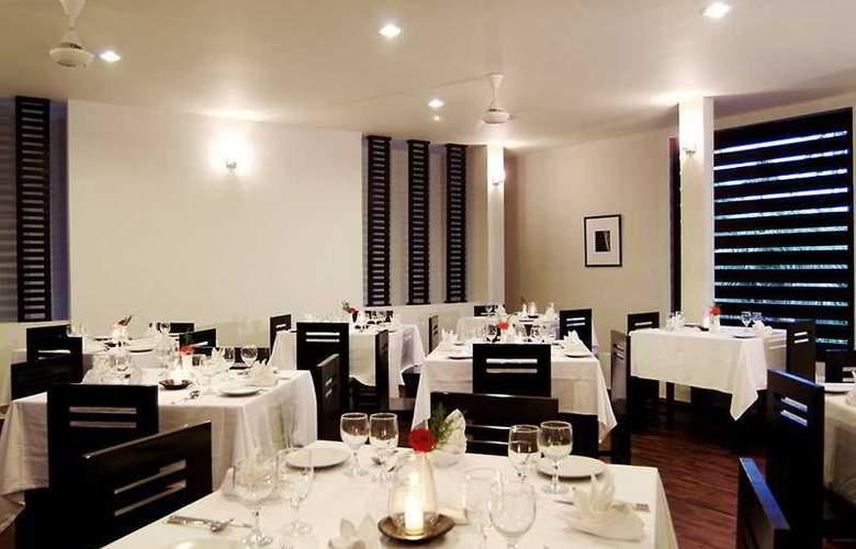 The Seminyak Suite - Restaurant - 7