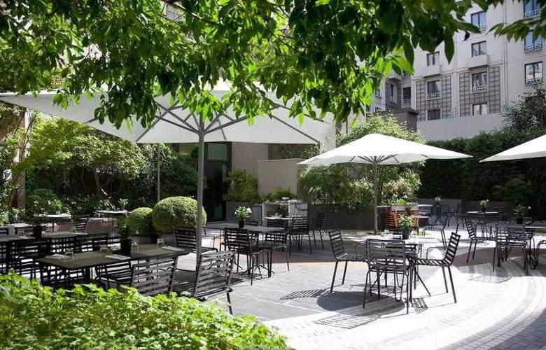 Novotel Paris Les Halles - Terrace - 17