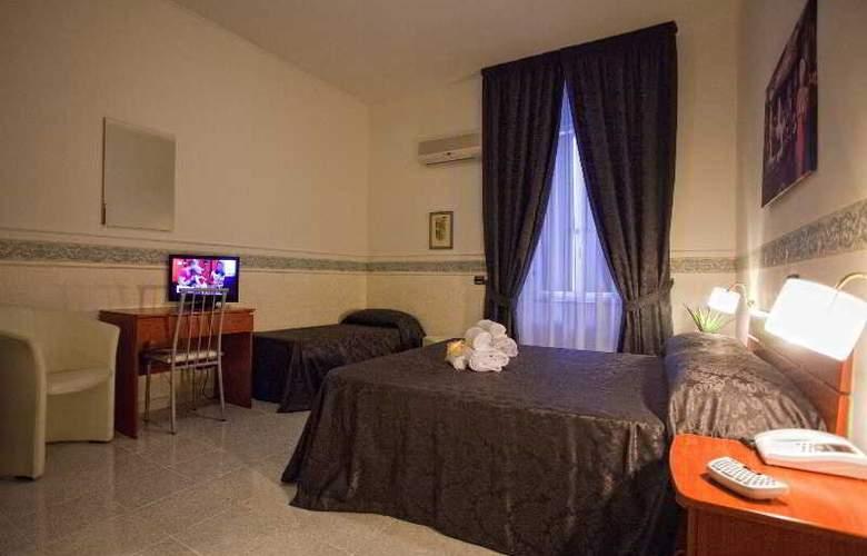 Vergilius Billia - Room - 13