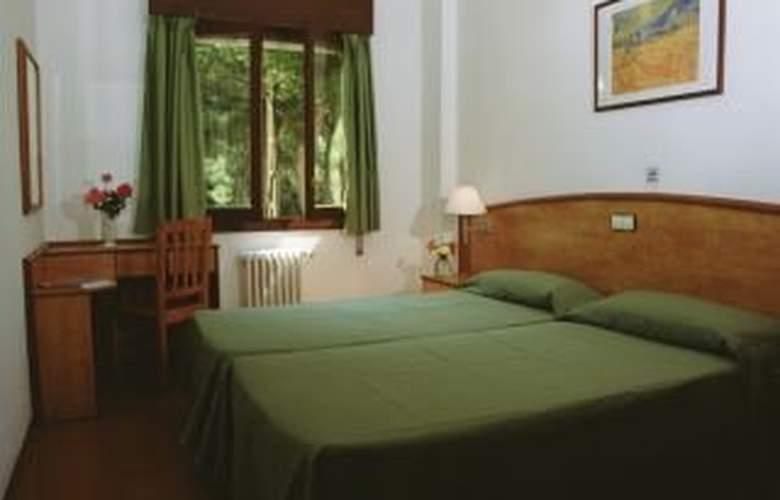 Tres Torres - Room - 0