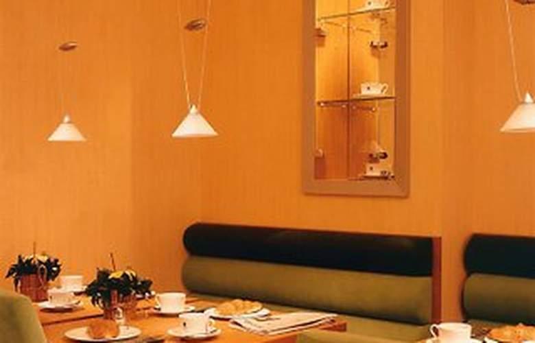 Memphis Hotel - Restaurant - 4