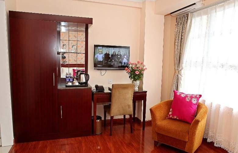 Flower Hotel - Room - 11