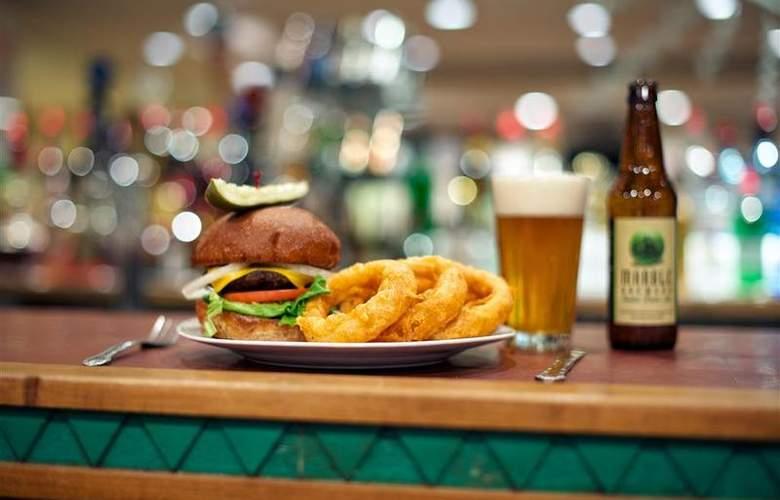 Best Western Plus Rio Grande Inn - Bar - 69