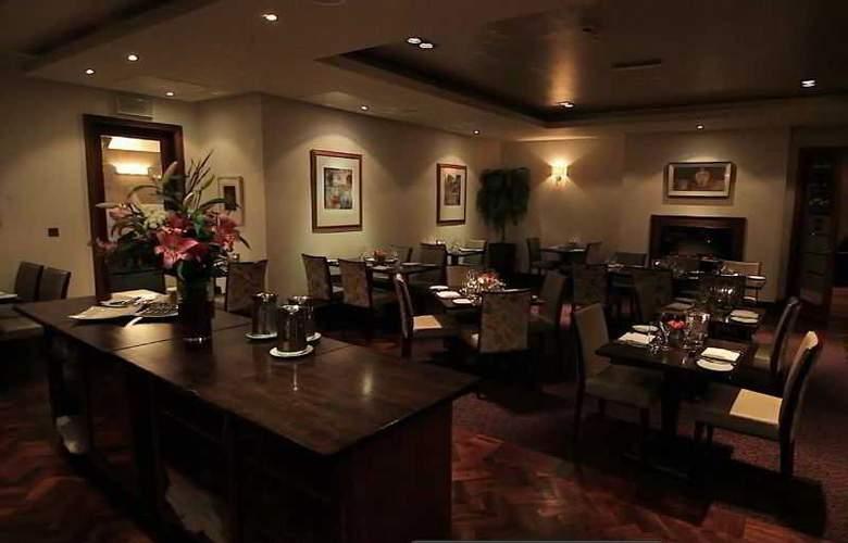 Pembroke Hotel - Restaurant - 17