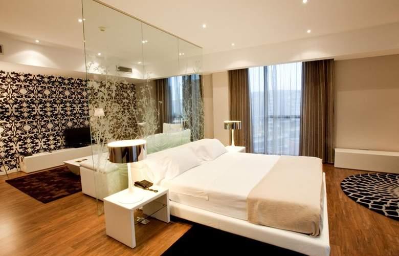 Gran Bilbao - Room - 15