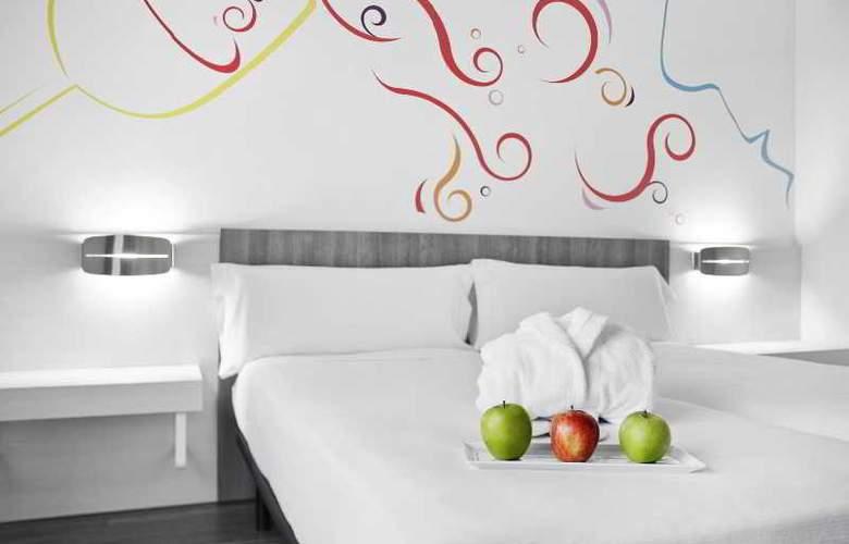 ibis Styles Madrid Prado - Room - 14