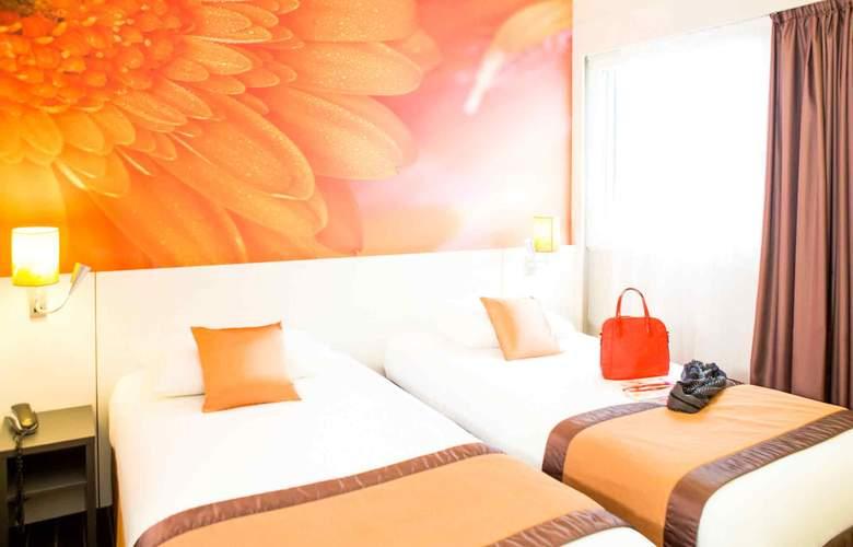 Ibis Styles Bordeaux Meriadeck - Room - 1