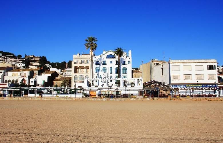 Diana - Beach - 3