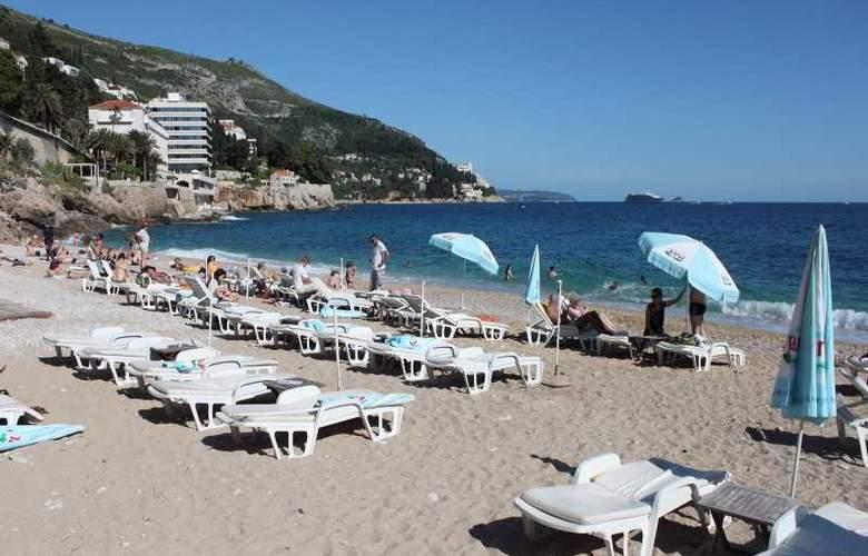 Vesna - Beach - 18