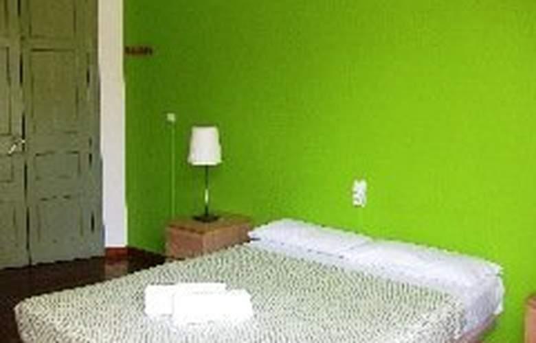 Cosmopolitan Boutique Hostal Rambla - Room - 0