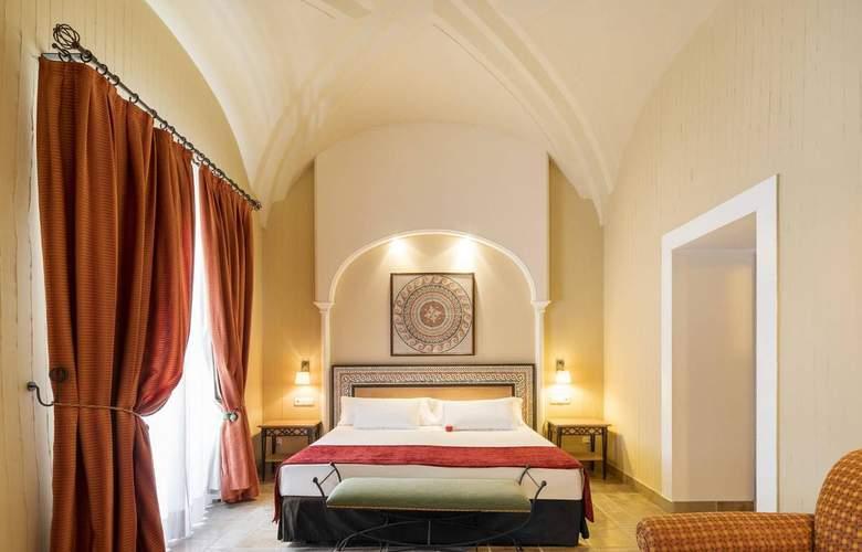 Ilunion Mérida Palace - Room - 13