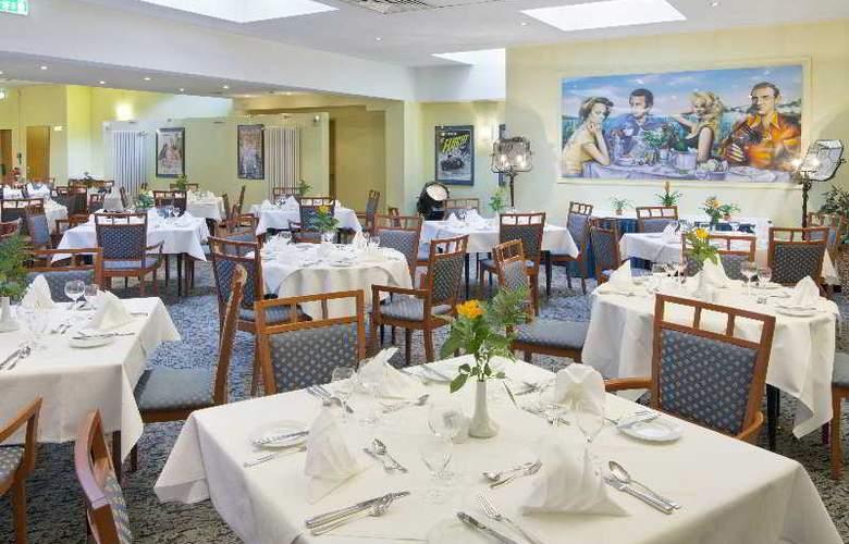 Holiday Inn Berlin Mitte - Restaurant - 8