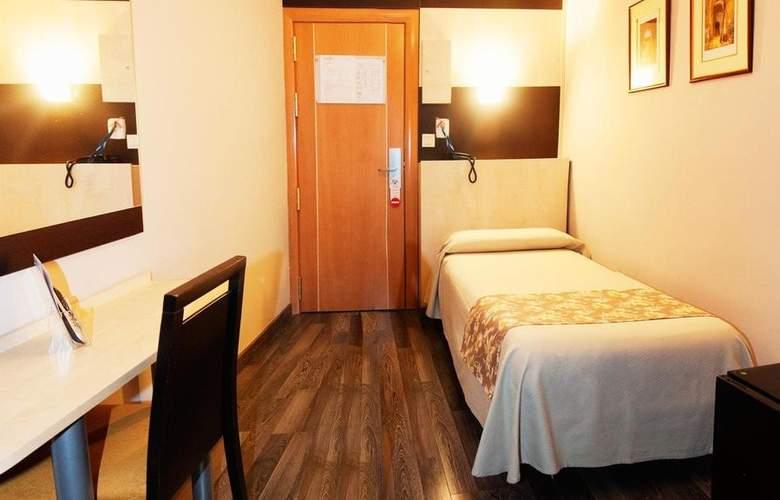 Universal Granada - Room - 6